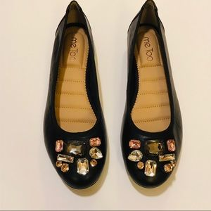 Me Too round toe black leather ballet flats